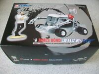 CORGI. JAMES BOND 007. MOON BUGGY DIECAST MODEL AND FIGURE SET. 1997
