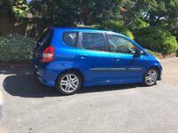 Honda Jazz sport - manual - parking sensors - air con - 1 previous owner