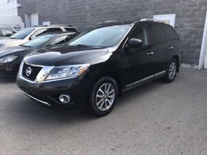 2016 Nissan Pathfinder SL LEATHER*NAVIGATION*MOONROOF