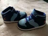 Shoes kids 7.5