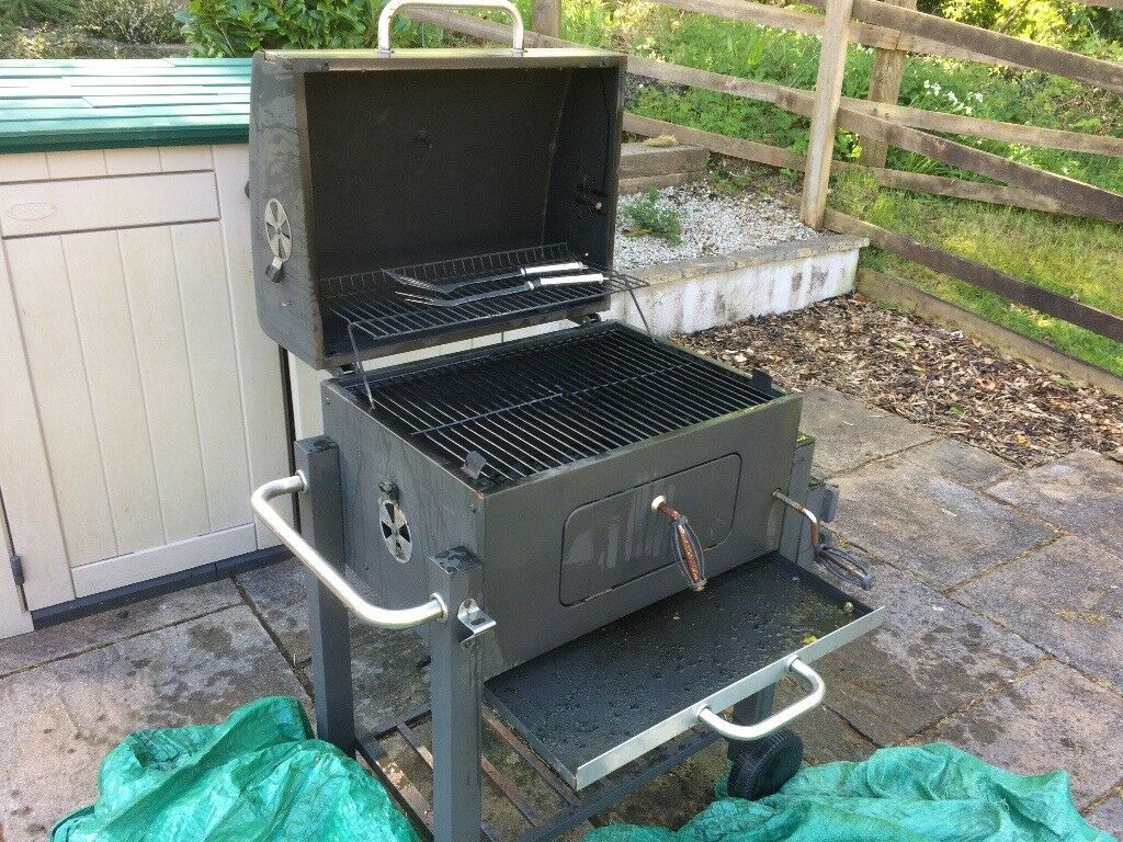 bbq by asda the big american grill in liskeard cornwall. Black Bedroom Furniture Sets. Home Design Ideas