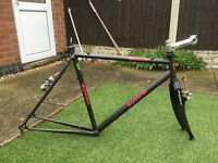 Cyclocross frame,carbon forks,brakes etc.