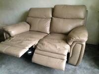 Lazy boy twin seater leather electric recliner