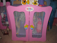 BABY BORN WOODEN WARDROBE - ZAPF CREATION - Immaculate & no longer available to buy + BB FREEBIES!