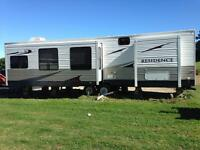 Like New 2010 Keystone Residence RV Park Model 401