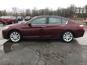 2013 Honda Accord Touring Loaded-Leather-Moon-Nav