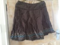 Grey embroidered skirt