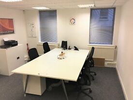 4 person ground floor office space | £975 | Epsom, Surrey