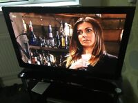 42in Panasonic Viera Full Hd Ready Hdmi 600Hz Plasma Tv With Remote Base Stand