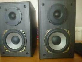 Gale 2i bookshelf speakers