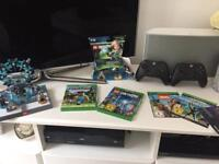 Xbox one Kinect, Lego dimensions, two wireless controllers, 5 games