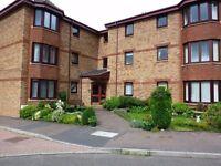 Big double room in spacious modern flat in Fairmilehead