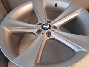 999$ POUR 4 MAGS NEUFS 21PC BMW ORGINAL NEW, BOLT 5X120mm