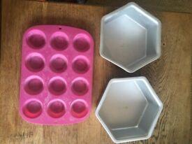2 x hexagonal cake pans and rubber muffin/ cupcake pan