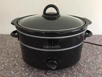 Crock-Pot Slow Cooker *LIKE NEW*