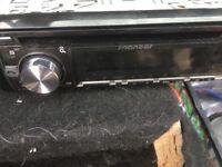 Pioneer car stereo with speakers