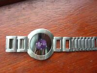 lovely quartz watch with new battery CHARRO