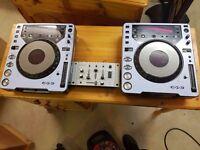 2x CDJ 1000 MK2 TURNTABLE PIONEER + Mixer FREE