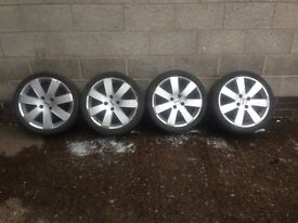 Set of 4 Ford Focus 17 inch alloys with 4 tyres