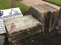 Used paving slabs 3x2 26 no