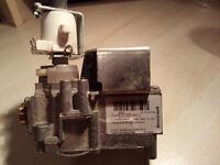 Honeywell Boiler Gas Valve VK115M 2054 3