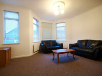 Newly Redocorated 1 Double Bed Flat Set in The Popular Harringay Ladder Close to Turnpike Lane Tube