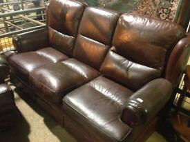 Suite brown leather