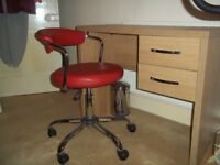 ARGOS JARVIA OAK EFFECT DESK AND RED FAUX LEATHER & CHROME SWIVEL CHAIR IN EXCELLENT CONDITION