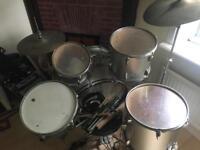 Nice vintage drum kit