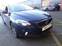 VOLVO V40 D2 CROSS COUNTRY LUX 5DR (blue) 2014