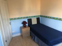 Single Room | CLEAN LARGE HOUSE | £395pcm | STAINES ROAD | FAGGS RD