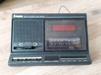 radio alarm clock £4