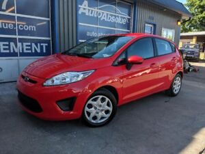2013 Ford Fiesta SE + automatique + A/C + 44 000 KM