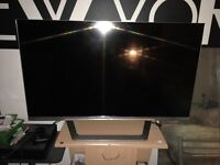 "LG 42"" smart 3D tv (faulty screen"