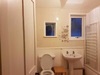 ***Spacious 2 bed flat***central fully furnished ** inc of all bills**
