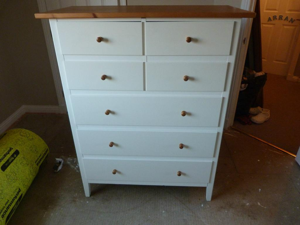 ikea visdalen white chest of drawers with wooden top in cambuslang glasgow gumtree. Black Bedroom Furniture Sets. Home Design Ideas