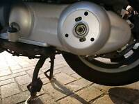 VESPA GT200 ENGINE AND OTHER PARTS