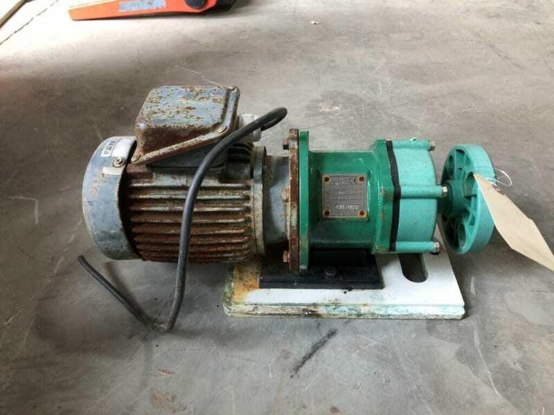 Pan World 250PS-3 25mm X 25mm PP Magnetic Drive Water Pump 1/3HP 3PH