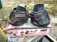 Cavello 'simple boots' for your horse