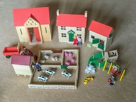 'Pintoy' Deluxe Quality Wooden Farm Set