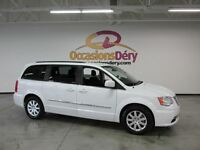 2015 Chrysler Town & Country TOURING - DVD - MAGS - BLUETOOTH