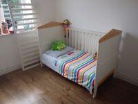 Cot bed. Mamas and papas