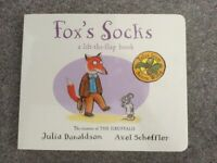 Fox's Socks lift the flap book - great condition - only £1
