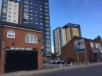 2 Bed Flat to Rent above a shop