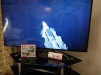 "47"" LG Model 47LA790W-ZA High Definition, 3D, smart TV"