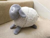 Evan the dream sheep - white noise baby soother