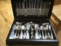 Arthur Price 84 piece (8 setting) 18/8 Stainless Steel cutlery set in presentation box