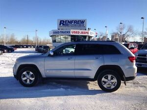 2012 Jeep Grand Cherokee Limited                            r
