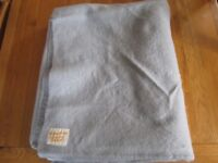 """Vintage Witnedown witne down Blanket 80x92"""" Blue Pure Wool thick exellent quality"""