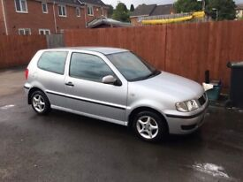 Volkswagen Polo 2000 Silver - Excellent First Car - MOT Due July 2018